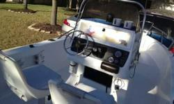 For sale is a clean 1996 Wellcraft 19.4' and Evinrude 112hp Outboard. Engine starts right up! Includes a live well, storage compartments, emergency radio, new fish/depth finder, and cd/fm/am radio. Call Edward 713.202.5803Listing originally posted at http