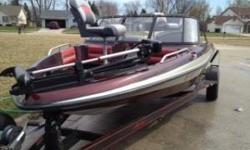 I am selling my Astro 18.6' Fish and Ski Stealth, it has a Mercury BlackMax 135 with power tilt and trim with oil injection, and the wings for planing faster. It was rebuilt in 2006 by Mercury Dealer in Madison (have receipts). the gel coat it a little