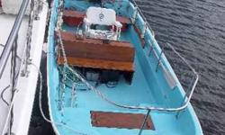 Superb condition, Nice mahogany, 1995 90hp Evinrude, Galvanized trailer, A safe unsinkable boat, I do have the other seat that goes behind the console, $6800 OBO. (203) 240-1085 (4x) New Fairfield, CT Listing originally posted at http