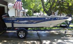 Comes with 50 horse 2 stroke Mercury motor, 40 pound thrust Minn Kota power drive trolling motor, swinging tongue bunk style trailer, and cd player.
