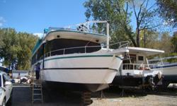 1990 63' skipperliner, V-Drive, turn key, set up for live aboard,