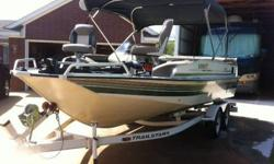 1998 Sun Tracker Party Deck Boat,21',I/O Mercruiser 135 hp, Has New Upholstery, New Carpet, New Batteries, New Stereo. Has Two live wells.New Five in one Gauge,Temp, Oil, Amp,Fuel,and Trim Position.Trolling Motor works well. This is an ALUMINUM Boat!.