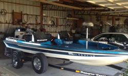 1994 Ranger 372V Bass Boat with 175 Evinrude Intruder. Boat is in very good condition and has been stored in a garage. Includes a Motorguide Tour Edition 82# Trolling Motor, Lowrance Electronics, Dual Console, Dual Rod Lockers, 2 Livewells and plenty of