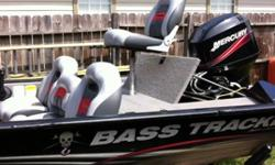 18' 2008 Tracker Pro Team 175 w/Mercury 50HP, 46lb Motorguide FCTM,4 amp chargers , automatic float controlled bilge pump, wired Stan Sloan night light, trailer has swing-away tongue. Highway towable canvas cover w/ tie downs . Swim ladder and more