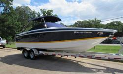 If you are looking for a really big, virtually like new, LOADED to the gills Cobalt at a low low price, look no further. Up for sale is a 2005 Cobalt 282 bowrider with all the stuff. Let's start with the really cool options!! The boat is powered by a