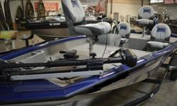 2013 Tracker Pro Team 175 TF Lower casting decks. And a larger aft deck for 2013. Panfish, crappie, bass, walleye. They can run, but they can?t hide from this all-around great aluminum fishing boat! The TRACKER Pro Team 175 TF is your best partner for