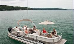 Raise your Flag! Avalon?s Sandbar model is the ultimate party platform. Park at your favorite beach or sandbar and use the entire boat from end to end for swimming, partying, listening to tunes, lounging and enjoying refreshments. When you?re done with