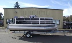 2015 Starcraft EX 18 C.Brand new 2015 Star craft 18 EX C Pontoon Features. -25 Hp Yamaha Four Stroke -Galvanized EZ loader trailer -Bow Couch(es) -Aft L-Seating Group -Helm Seat with Slider -Rotocast Furniture Bases w/Integrated Drains -Boarding Ladder