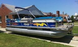 Bow and Stern Eyes9' Color-Matched Bimini Top w/ BootAft Entry Boarding LadderFire ExtinguisherDrink holders36-Quart CoolerGate Finger GuardsLanyard Safety SwitchDash / ConsoleDeluxe Fiberglass Reinforced Console w/ Integrated Glove BoxEntertainment