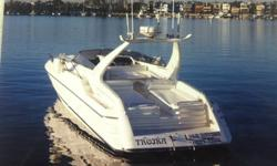 SUNSEEKER IS A RENOWNED GLOBAL LUXURY AND PERFORMANCE YACHT BRAND. INCREDIBLE OPPORTUNITY TO OWN A SLEEK AND ELEGANT WORLD CLASS YACHT. SHE HAS NEW CRATE MERCURY 502CID, 500 HP ENGINES INSTALLED IN 2007 WITH 275 HOURS. THIS ELEGANT BOAT OFFERS A LARGE